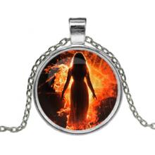 ALK134 Кулон с цепочкой Ведьма