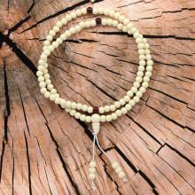 CH016 Чётки буддийские 108 бусин d.6мм, акрил, под кость, белые