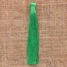 KIS001-02 Кисточка из ниток 12см, цвет Зелёный