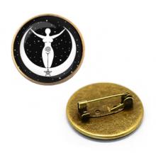 ZNA003 Значок Богиня Стихий, d.27мм, цвет бронз.