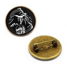 ZNA021 Значок Ведьма с шаром, d.27мм, цвет бронз.